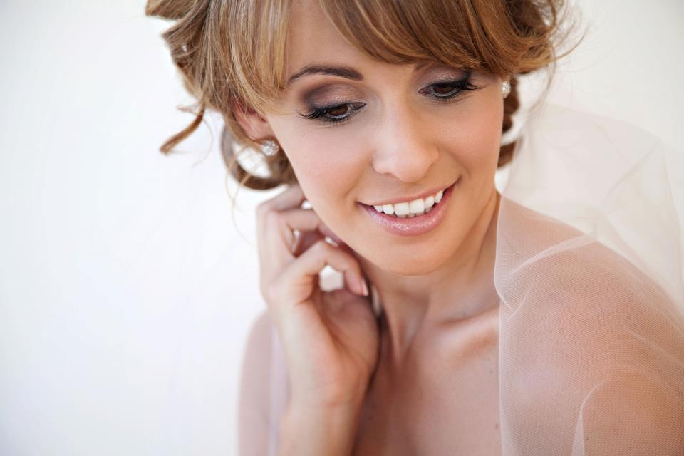 Whitsunday Wedding Makeup Artist in Airlie Beach
